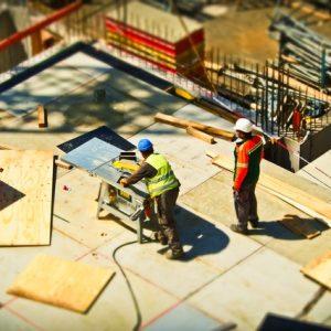 Equipement de sécurité à mettre sur le lieu de travail : les essentiels à savoir